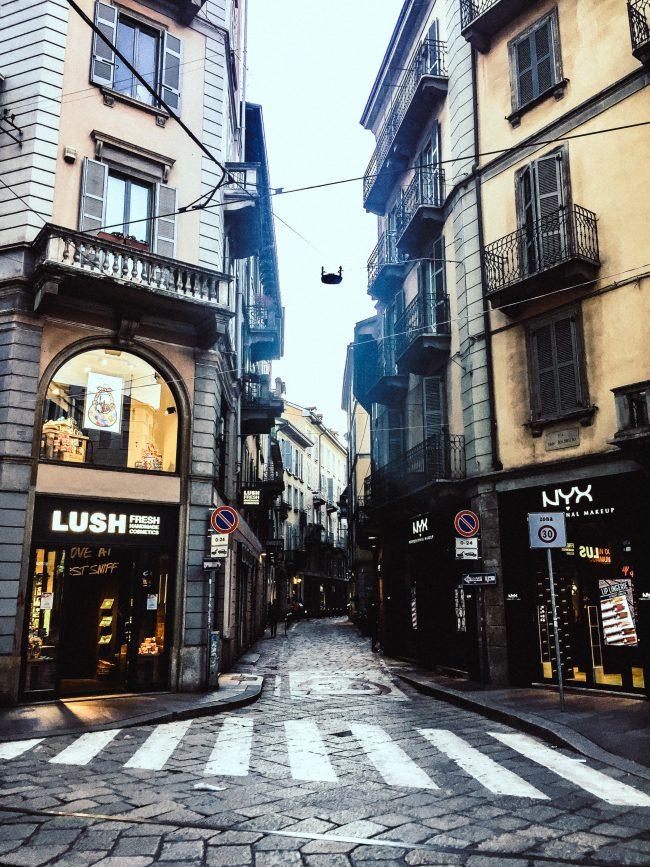 Milano Via Torino Shopping