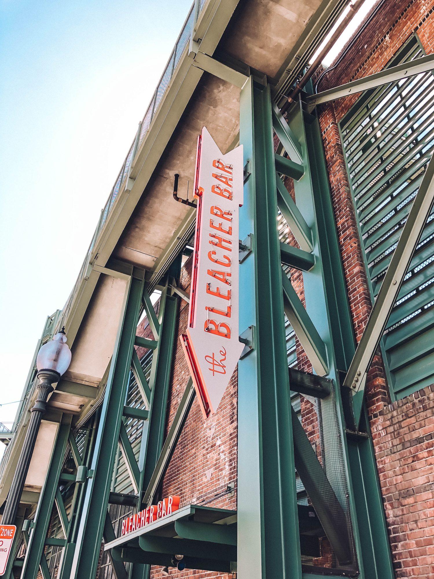 Rundreise Neuengland Fenway The Bleacher Bar